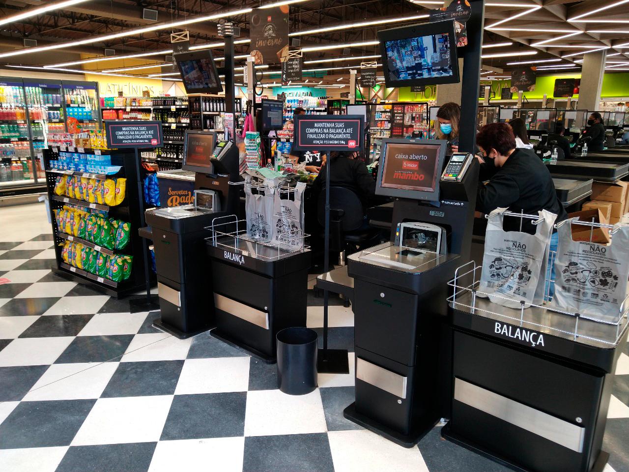 equipamentos de self checkout